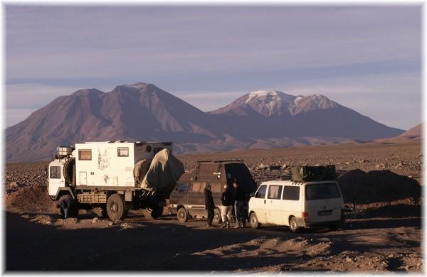 ... im Convoi, Nachtlager in der Atacama-Wüste