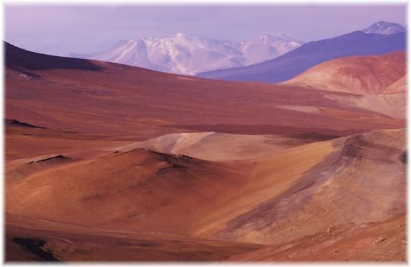 ...Maler Natur,einsame und traumhaft schöne Hochebene am San Francisco-Paß, auf chilenischer Seite