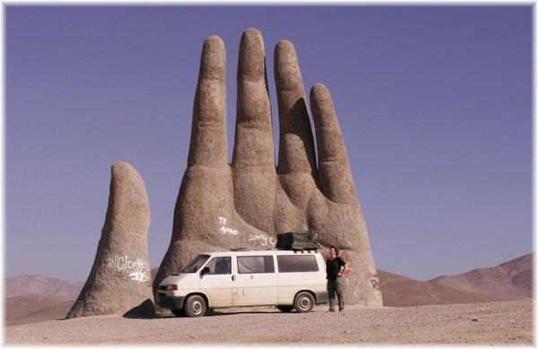 ... Sandskulptur bei Antofagasta