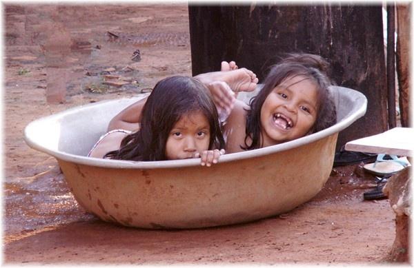 ... Waschtag bei den Chiquitanos